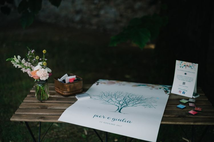 Finger Print Guest Book | Bright Woodland Wedding in Italy Planned & Styled by Le Jour du Oui | Infraordinario Wedding Photography | Mani Films