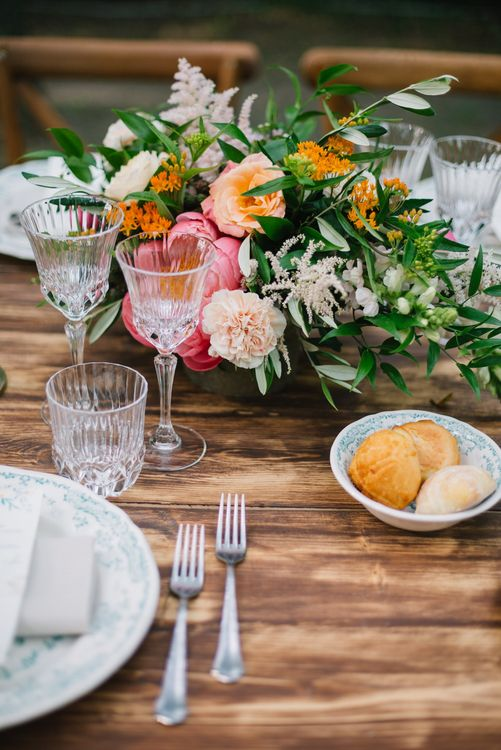 Table Scape Wedding Decor | Boho Wedding | Bright Woodland Wedding in Italy Planned & Styled by Le Jour du Oui | Infraordinario Wedding Photography | Mani Films