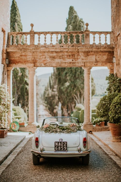 Vintage Wedding Car   D&A Photography   Ben Walton Films