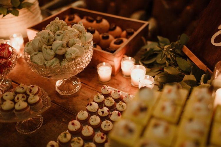 Stylish Dessert Table For Wedding Image By The Curries