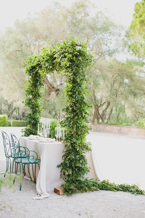 Table Scape | Greenery on the French Riviera | Purewhite Photography | D'amour et de deco Styling