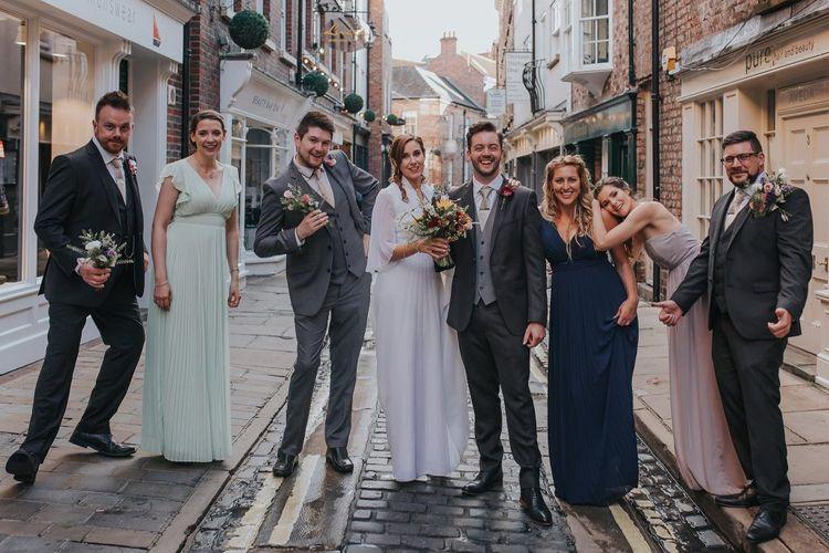 Alternative Wedding Group Shots // Image By Lianne Gray