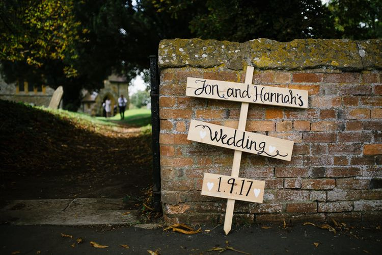 DIY Wooden Direction Signs | DIY Country Pub Wedding at The Bell in Alderminster, Stratford-upon-Avon | Chris Barber Photography