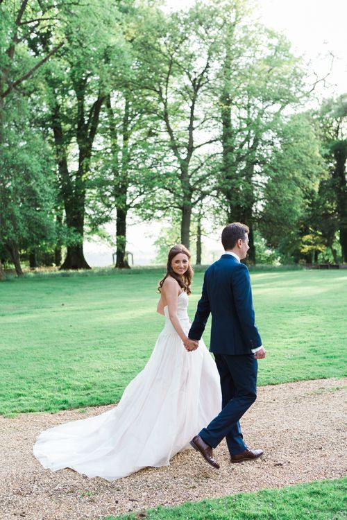 Elegant Blush Pink & White Wedding at Aynhoe Park in Oxfordshire | Lucy Davenport Photography