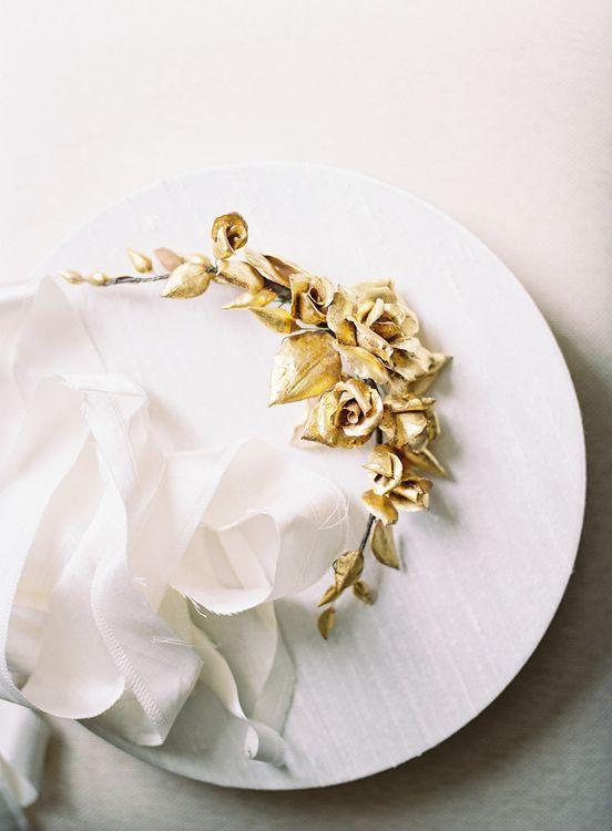 Gold Guilt Hair Accessory   Classic Wedding at Trafalgar Tavern, Greenwich, London   Ann-Kathrin Koch Photography