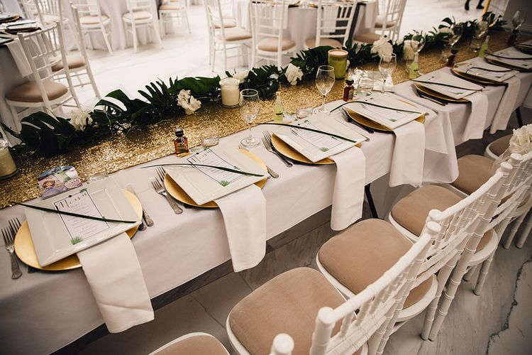 Elegant Green & Gold Table Scape