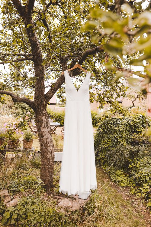 Charlie Brear Wedding Dress | Outdoor Ceremony at Sulgrave Manor Northamptonshire | Nicola Casey Photography