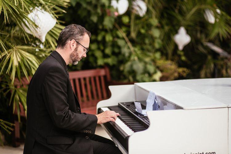 Pianist Wedding Entertainment