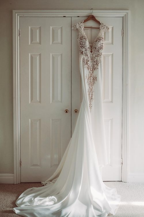 Kleinfeld Bridal Wedding Dress