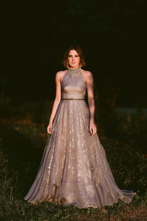 Stylish Bride in Grey Tulle Wedding Dress