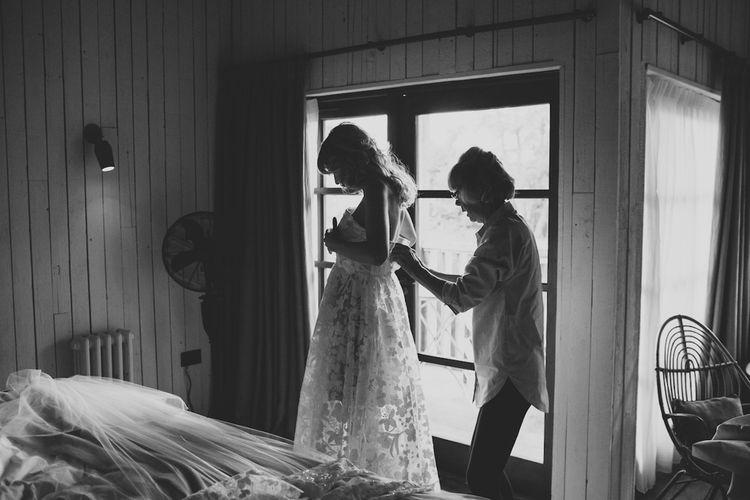 Getting Ready | Morgan Davies Bridal | Soho Farmhouse | Robbins Photographic