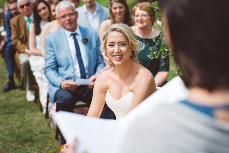 Wedding Ceremony | Bride in Lyn Ashworth Wedding Dress | Outdoor Wedding at Borgo Bastia Creti in Italy | Paolo Ceritano Photography