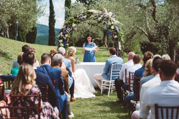 Wedding Ceremony | Outdoor Wedding at Borgo Bastia Creti in Italy | Paolo Ceritano Photography