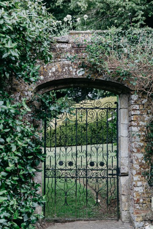 Hatch House Wedding With Outdoor Ceremony In Walled Garden