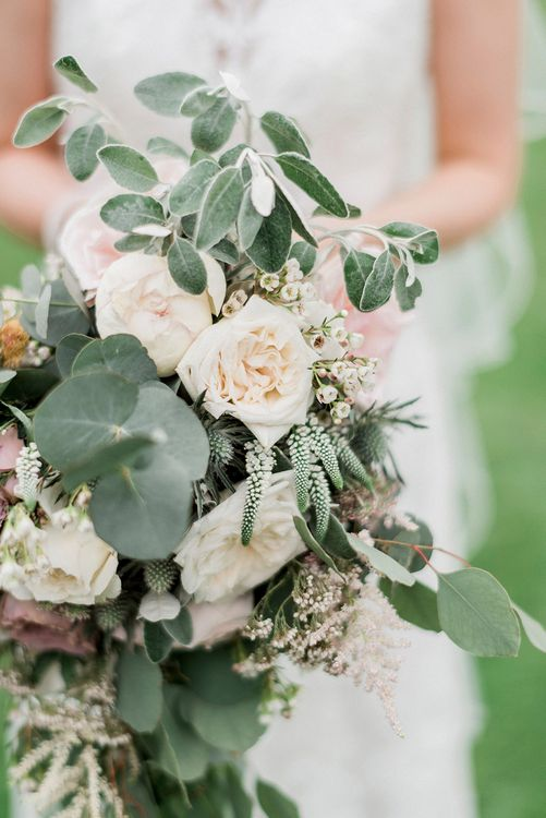 Oversized Bridal Bouquets | Romantic Pastel Wedding at Prested Hall, Essex | Kathryn Hopkins Photography | Sugar Lens Productions