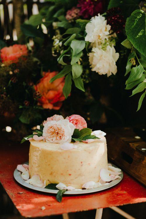 Wedding Cake | Petersham Nurseries Botanical Wedding | Irene Yap Photography
