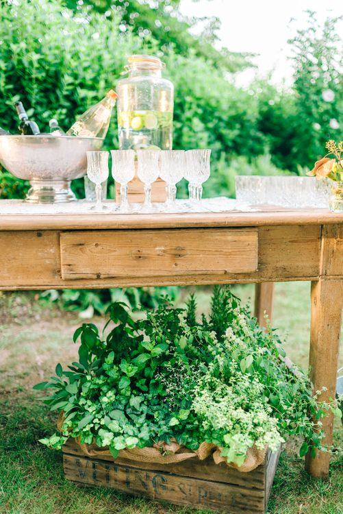 Rustic Drinks Stations