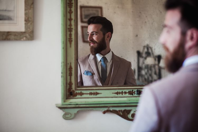Bearded Groom in Light Aobaba Tailored Suit | Tuscany Wedding | Due su Due Photography