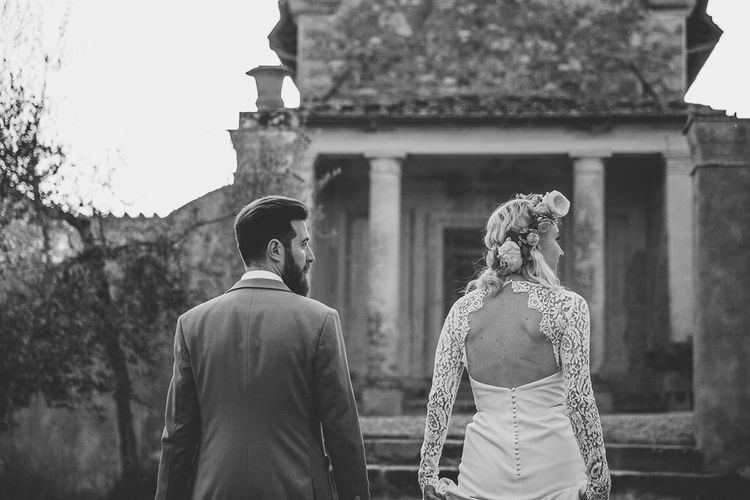 Boho Bride in Lace Rime Arodaky Olsen Gown & Flower Crown | Tuscany Wedding | Due su Due Photography