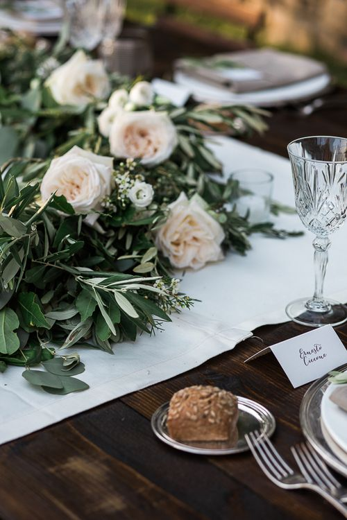 Outdoor Table scape with Greenery Table Runner | Tuscany Wedding | Due su Due Photography