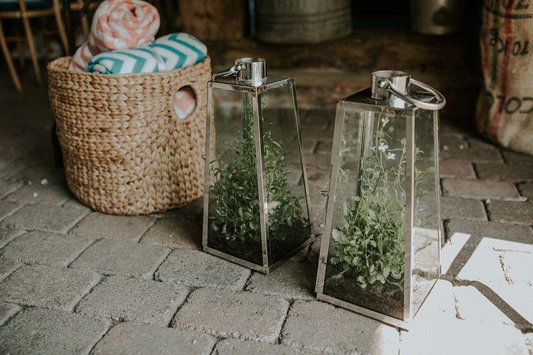 Wedding Decor | Elmley Nature Reserve Wedding | Lola Rose Photography