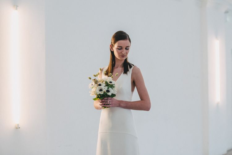 Anemone Wedding Bouquet // Minimal Elegant Bridal Inspiration Shoot With Ikebana Inspired Floral Arrangements By Kitten Grayson // Planned & Styled By Anemone Style // Images Genevieve Wedding Photography