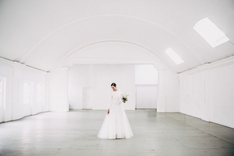Warehouse Event Space London // Minimal Elegant Bridal Inspiration Shoot With Ikebana Inspired Floral Arrangements By Kitten Grayson // Planned & Styled By Anemone Style // Images Genevieve Wedding Photography