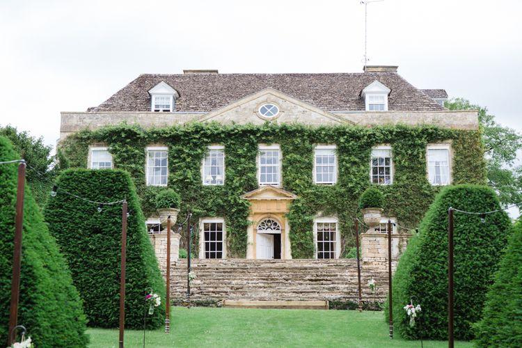 Beautiful Classic Wedding at Cornwell Manor | Lucy Davenport Photography