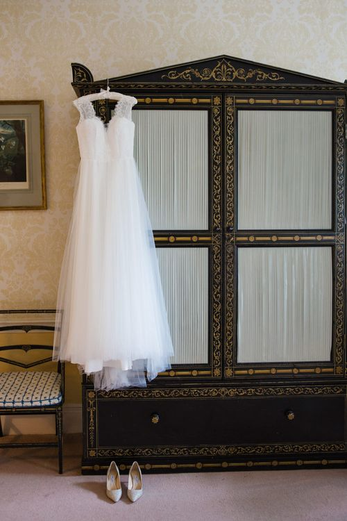 Ingrida Bridal Gown | Beautiful Classic Wedding at Cornwell Manor | Lucy Davenport Photography