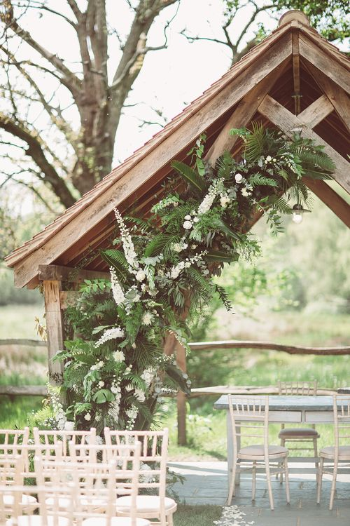 Botanical Outdoor Wedding at Millbridge Court | Lemonade Pictures