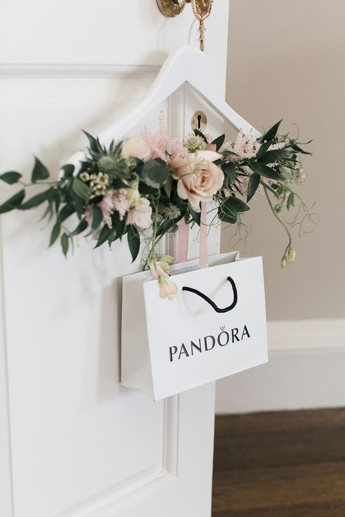 Floral Hanger & PANDORA Gift Bag