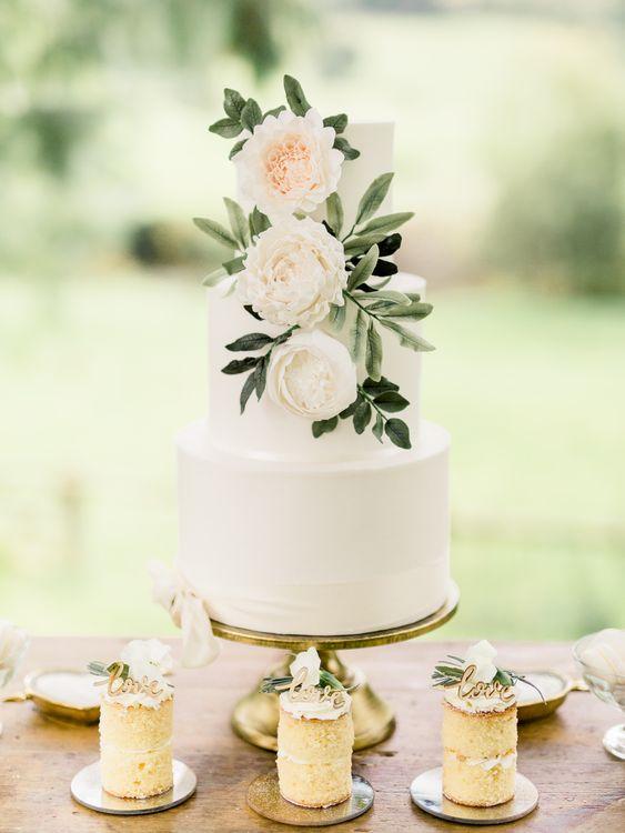 Elegant Wedding Cake   Rivercatcher Intimate Wedding Inspiration   Jade Leung Wedding Design   Heledd Roberts Photography