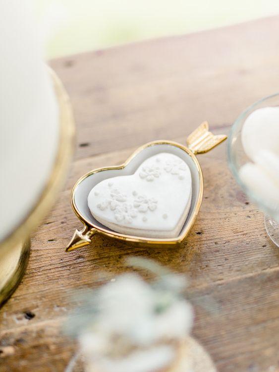 Heart Dish with Cupids Arrow   Rivercatcher Intimate Wedding Inspiration   Jade Leung Wedding Design   Heledd Roberts Photography