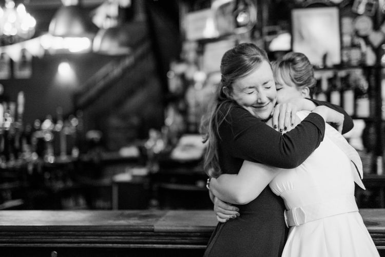 Hughs | 60s Inspired London Pub Wedding | The Peasant | Babb Photo