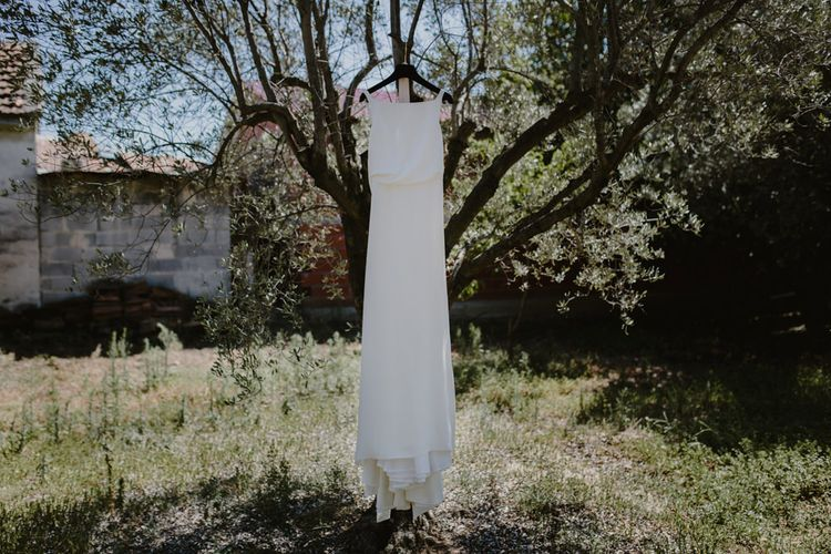 Yvonne Läufer Bridal Gown | Outdoor Countryside Wedding in Greece Planned by Phaedra Liakou | Days Made of Love Photography