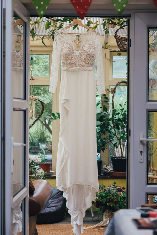 Pre-Owned Suzanne Neville Scarlet Gown | DIY Woodland Wedding in South Wales | Cat Beardsley Photography