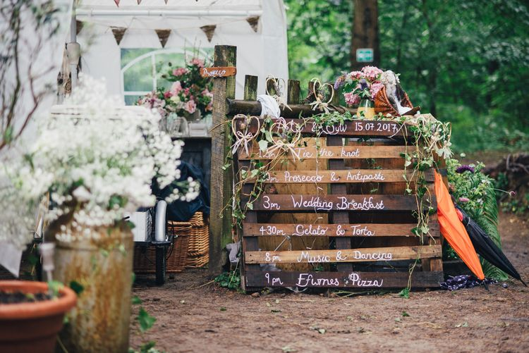 Wooden Palette Wedding Sign | DIY Woodland Wedding in South Wales | Cat Beardsley Photography