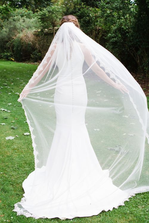 Bride in Suzanne Neville Belle Gown | Elegant Wedding at Aynhoe Park, Oxfordshire | Lucy Davenport Photography