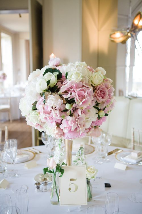 Pink & White Floral Centrepiece | Elegant Wedding at Aynhoe Park, Oxfordshire | Lucy Davenport Photography