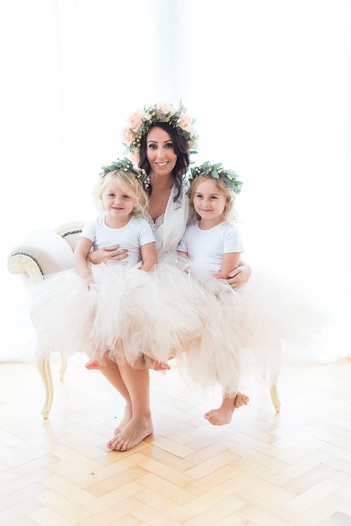 Bride in White Boohoo Dressing Gown | Flower Girls in Peach Tulle Skirts | Sung Blue Photography | ROOST Film Co.