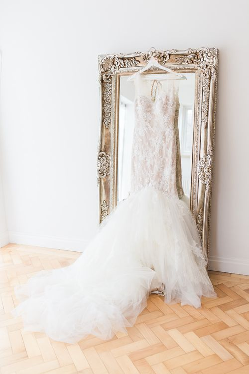 Lace & Tulle Pronovias Gown | Sung Blue Photography | ROOST Film Co.