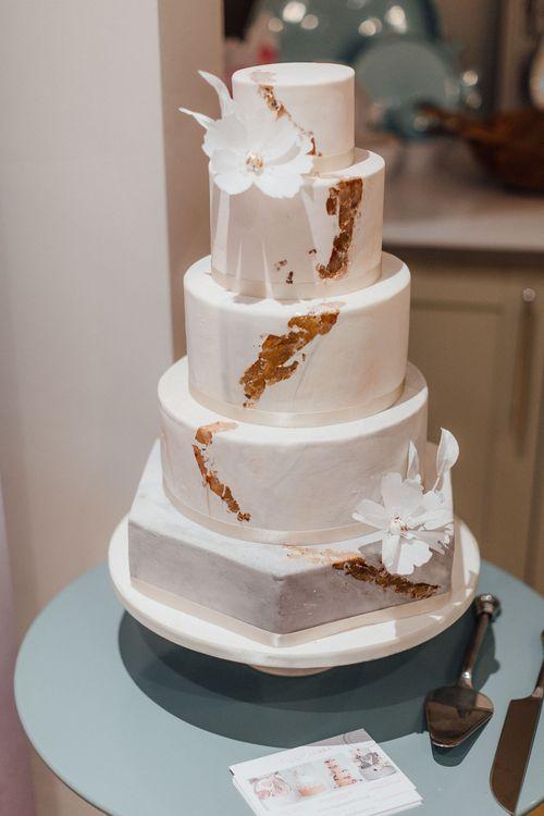 Liggy's Cakes Wedding Cake // The Wedding Shop Showroom In Edinburgh // Gift List For Weddings Scotland // Wedding Gift List Provider With Showroom // The Best Wedding Gift List