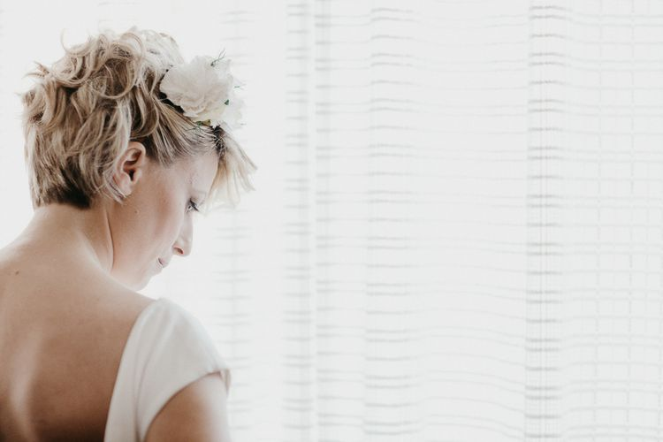 Bride with short Hair Style | That Day Wedding Planner | Carla Penoncelli Photography