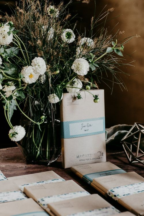 Book Wedding Favours| That Day Wedding Planner | Carla Penoncelli Photography