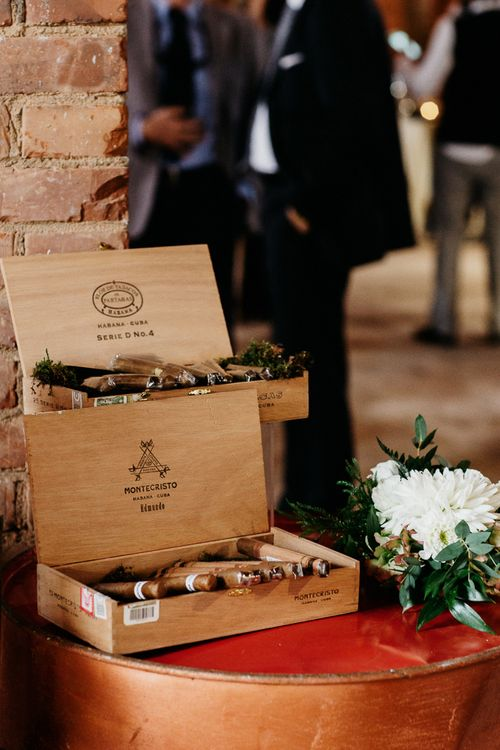 Cigar & Whiskey Station | That Day Wedding Planner | Carla Penoncelli Photography