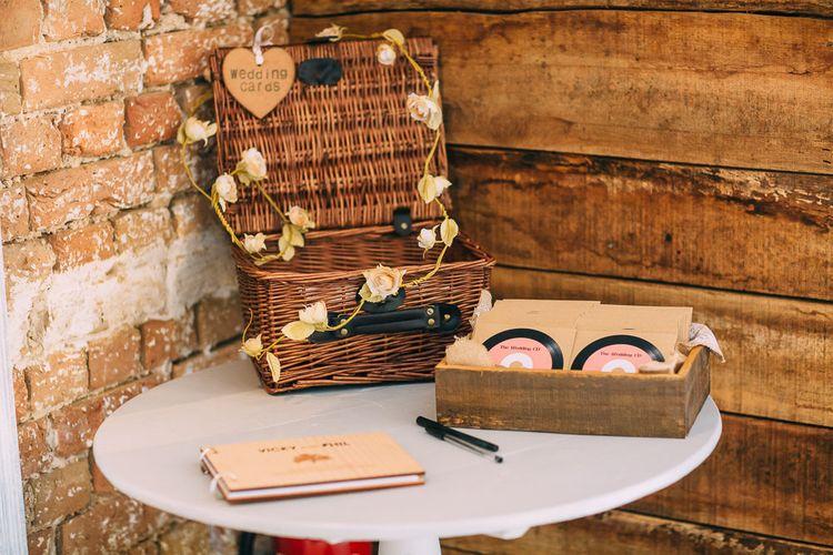 CD Wedding Favours   Wicker Wedding Card Basket