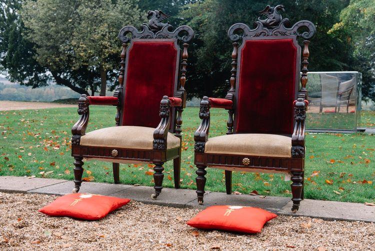 Chinese tea ceremony thrones