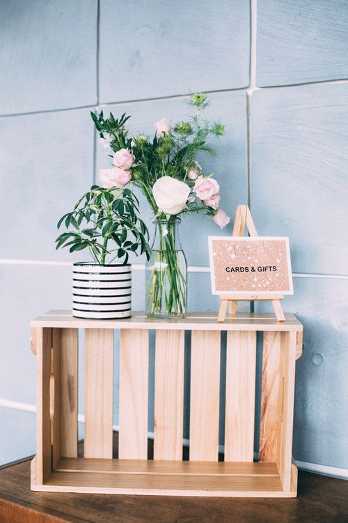 Cards Crate For Wedding // A Thing Like That Photography