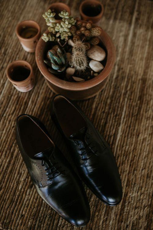 Grooms Shoes | Authentic Spanish Wedding at Masia Ribas, Barcelona | Sara Lobla Photography