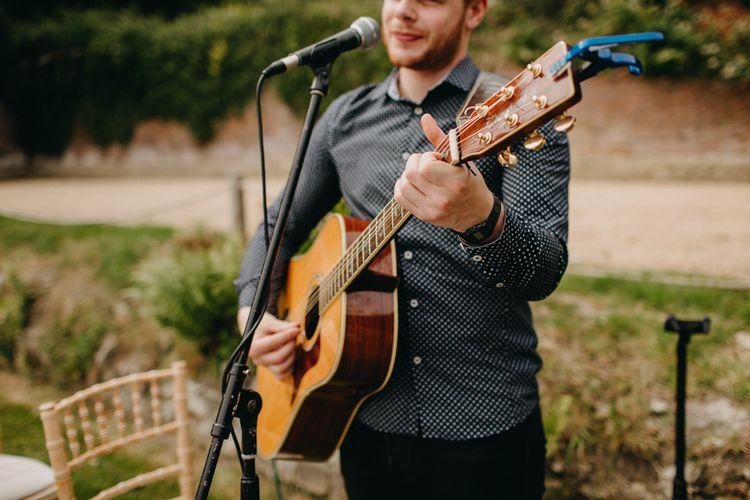 Wedding Entertainment  | Wedding Singer | Wedding Guitarist | DIY Rustic Tipi Wedding at Riverhill Gardens, Sevenoaks | Frances Sales Photography